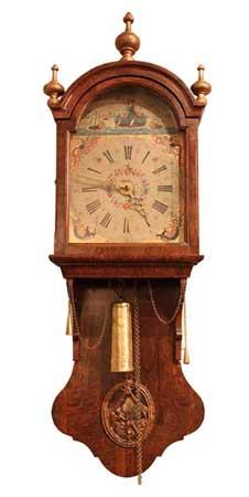 Wortelnoten kortstaart klok - NL Antiques