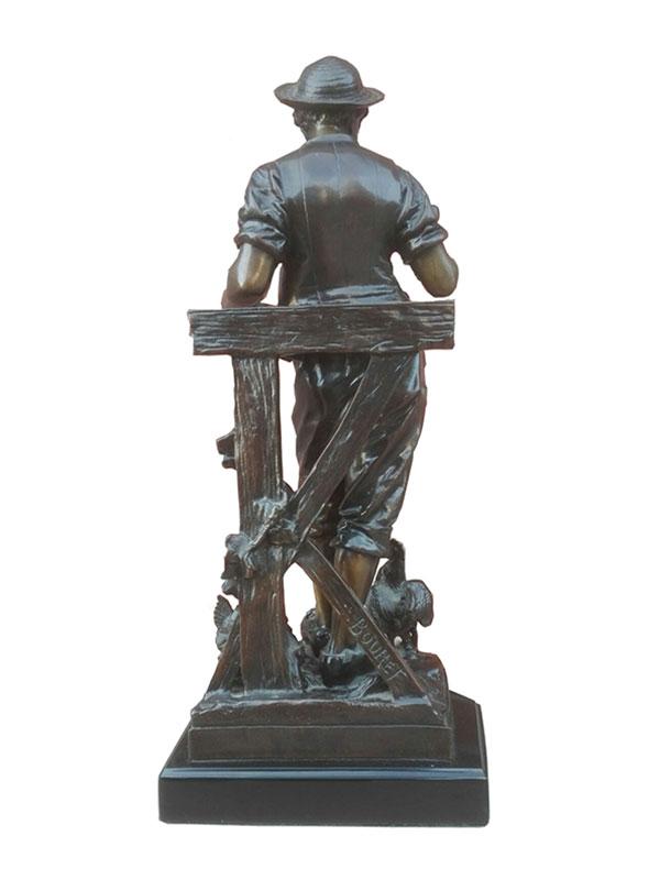 Herdersjongen in brons