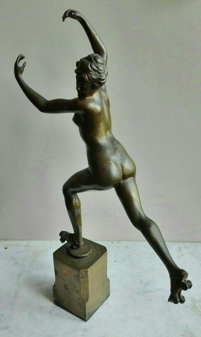 naakt bronzen sculptuur vrouw (1)