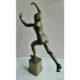 Naakte-vrouw-op-rolschaatsen-brons